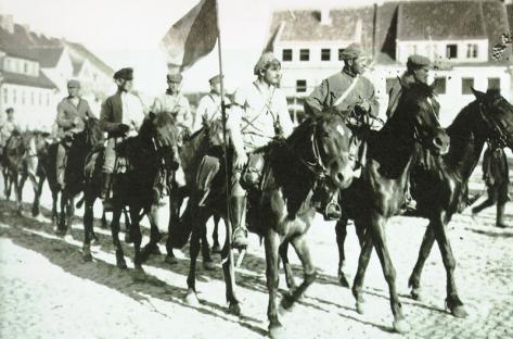 1919-01-01-bolsheviks-02.jpg