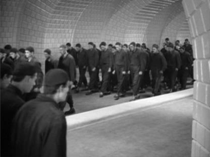1927-01-10-metropolis-marching-workers.jpg