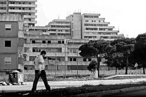 2009-08-01-suburb.jpg
