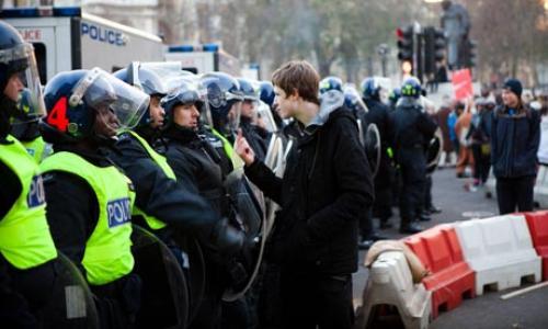 2010-12-09-uk-student-protest-10.jpg