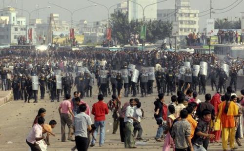 2010-12-12-dhaka-protest.jpg