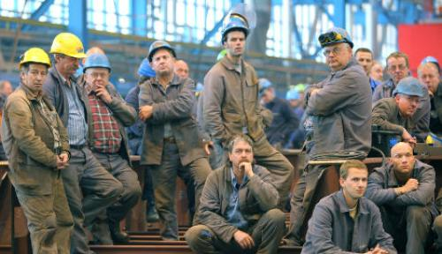 2011-11-01-german-workers.jpg