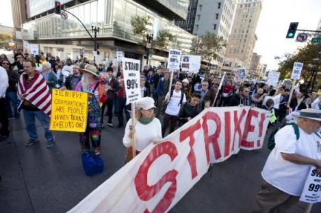 2011-11-02-occupy-oakland-strike-02.jpg
