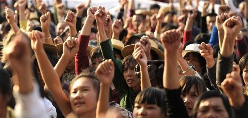 2012-01-15-chinese-workers.jpg