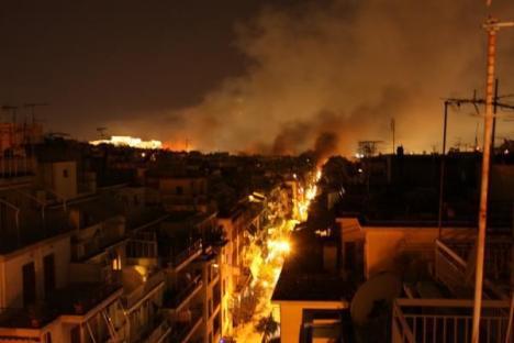 2012-02-12-athens-burning.jpg