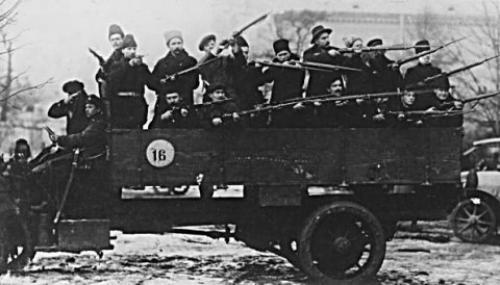 1917-10-25-red-guard.jpg