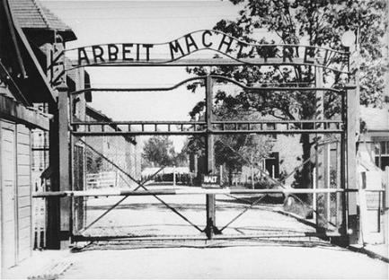 1940-05-20-auschwitz.jpg