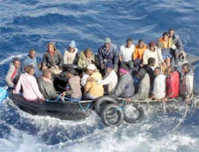 2009-05-15-migrants-boat.jpg