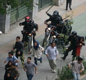 2009-06-18-iran-protest-02.jpg
