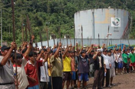 2009-06-20-indios-peru.jpg