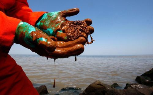 2010-06-14-oil-spill-05.jpg