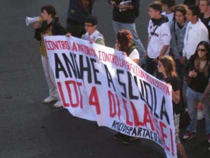 2010-10-08-roma-scuola.jpg