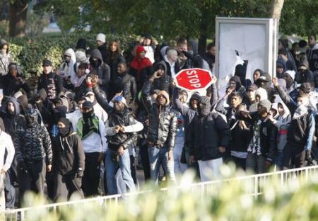 2010-10-25-france-strike.jpg