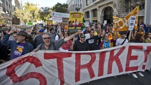2011-11-02-occupy-oakland-strike-01.jpg