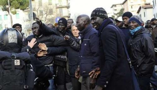2011-12-13-senegalesi-firenze.jpg