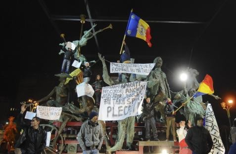 2012-01-16-romania-protests.jpg
