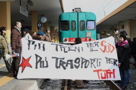 2012-03-05-treni-notte-03.jpg